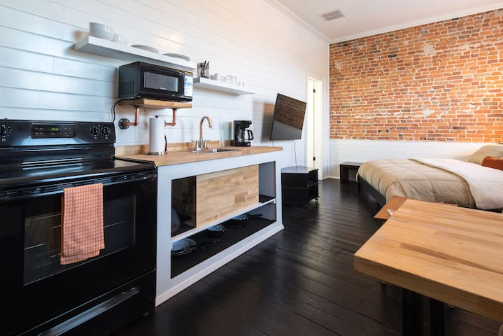 Shiplap Apartment on Main