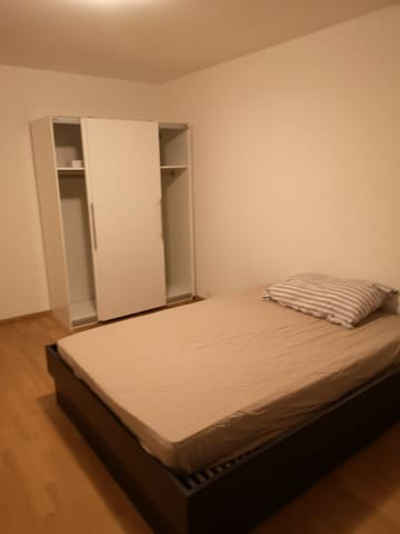Nice room 16m2 in shared appartment