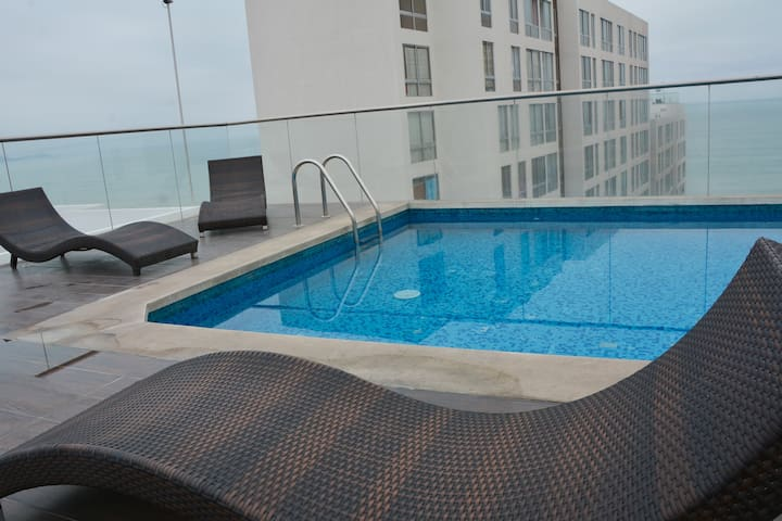 ":  15""AIRPORT*SEA VIEW* BREACKFAST_MINI ROOM tyni"