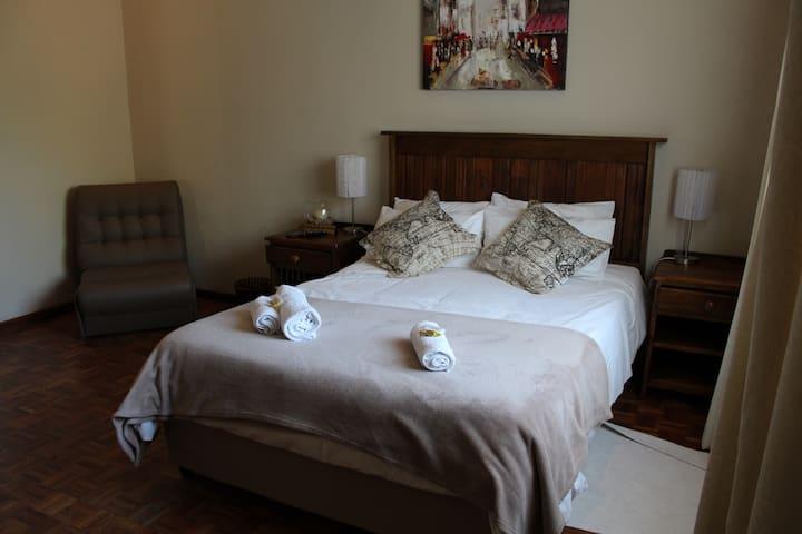 Standard Double Room - Beurre Bosc