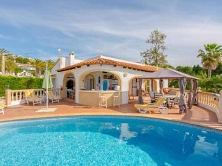 Villa Rolyn with private pool nr Moraira sleeps 6