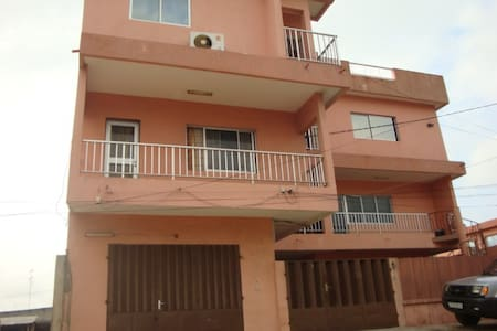 Cotonou Skylight 2 bedroom apt - Cotonou