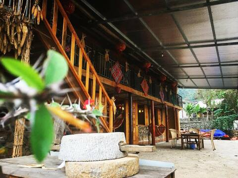 Long Co Tran Homestay&Tea Ceremony - Double room with shared bathroom!