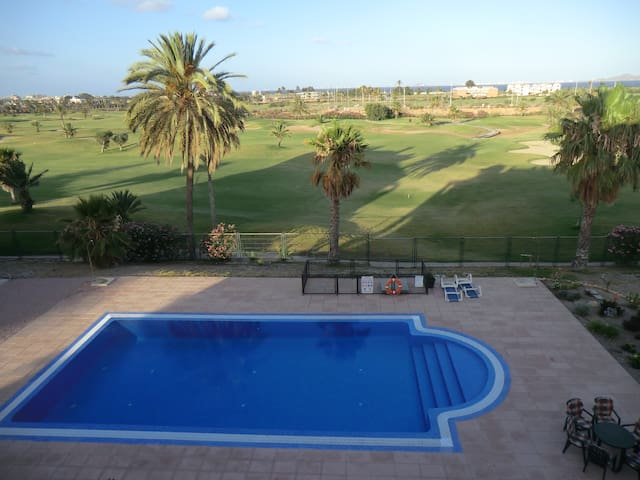Exclusivo apartamento en campo de golf con piscina - Los Alcázares - Appartement
