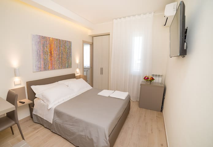 Kamilia Guestrooms-double room