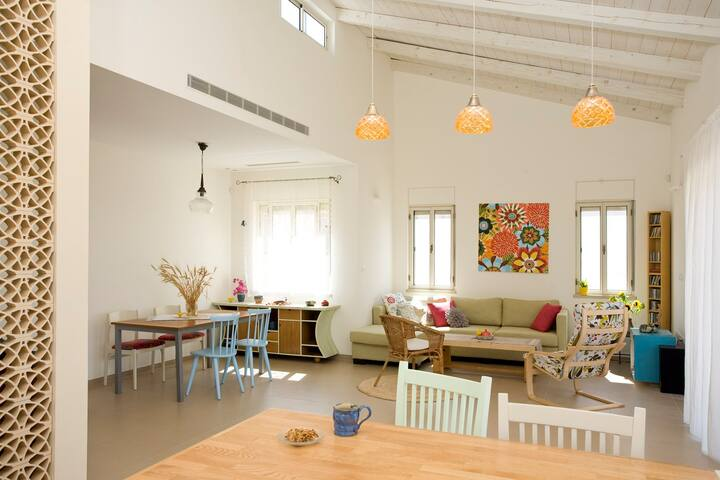 (Award wining House, the Valley of Ella (15minRBS