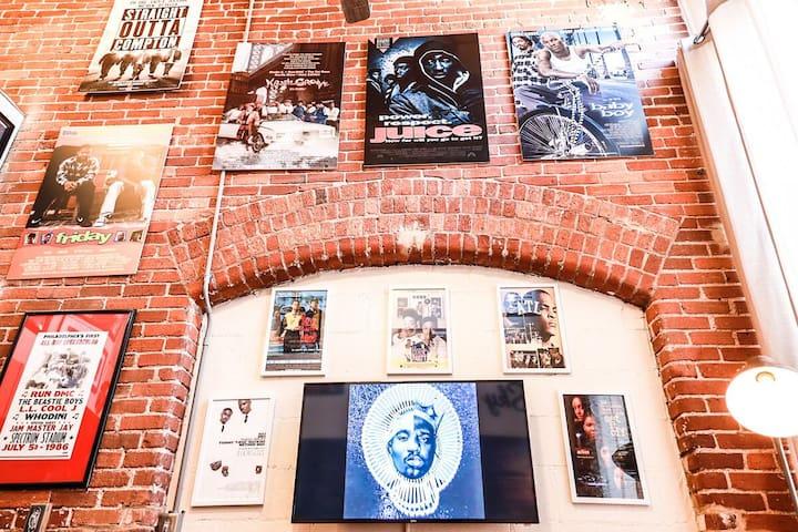 Gangstas Paradise: Hip-Hop Loft