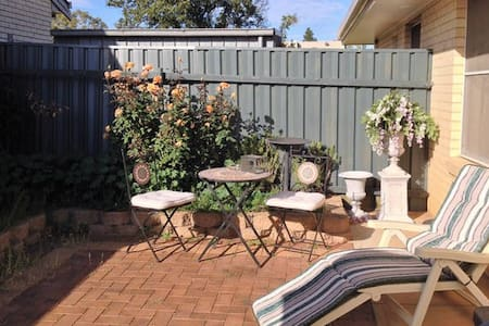 "Longer term stays @ ""The Hideaway Central"" Tanunda - Tanunda"