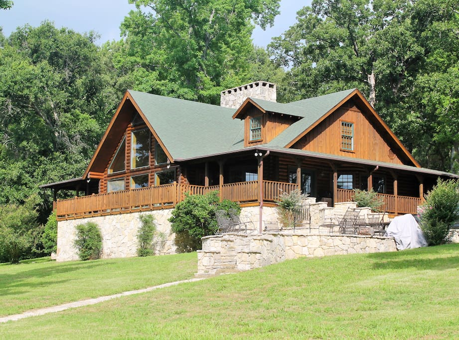 The grand chateau on the lake at cedar cove ranch cabins for Grand ranch