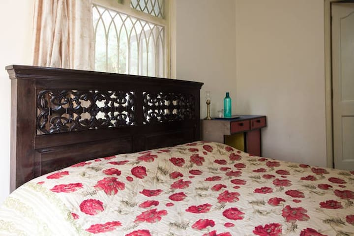 Private A/C Room close to the Airport - Vasco da Gama - Vila
