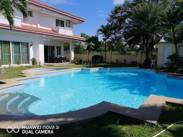private pool villa nearby golf course