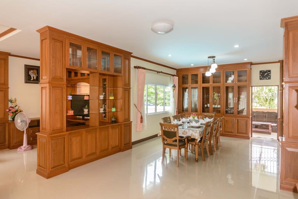 Large dining and kitchen areas