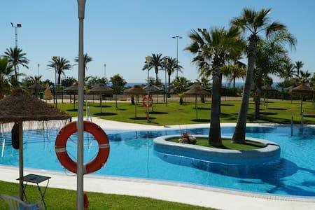 1a línea de Playa Roquetas- Desinfección con Ozono