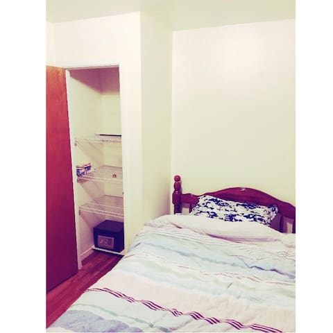 (302)A+ Charm Apt Room Near shopping mall,Subway