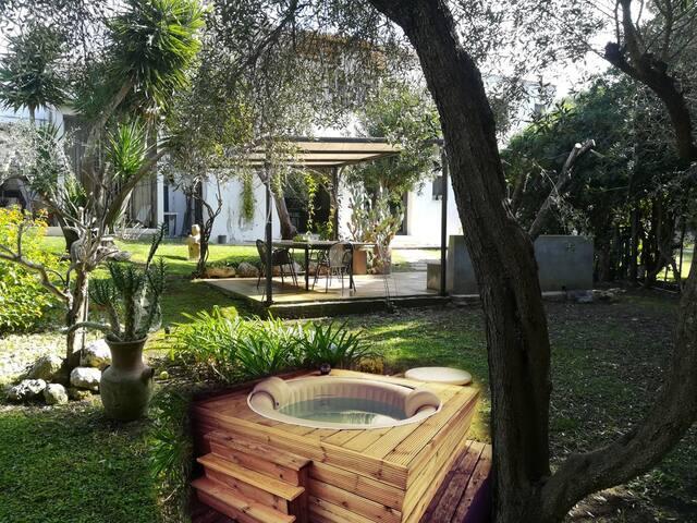 Villa con depandance e spa in masseria del 700