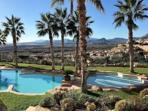 Sunny Bonalba Golf Apartment near El Campello