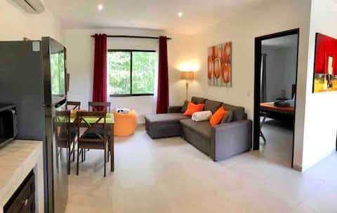 Tamarindo/Comfy apartm to business~relaxing/quiet.