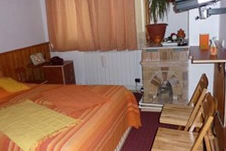 Apartament B cu 2 camere in vila Predeal