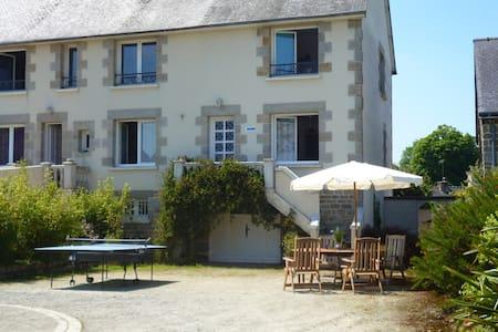 Maison mitoyenne à Moncontour - Moncontour - 獨棟