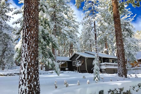 Whispering Pines Cottage - Wrightwood - Haus