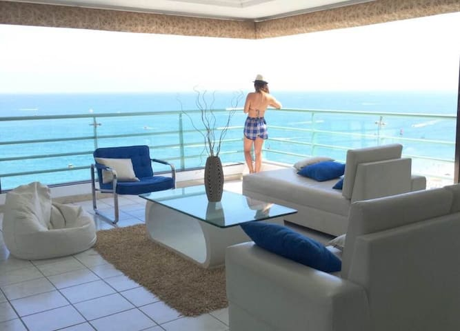 Apartment 3 Bedrooms SeaFront - Apartamento 3 Dorm - Salinas - Apartment