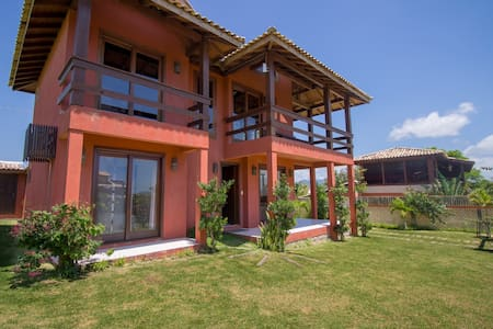 Excellent house in the heart of the Praia do Rosa!