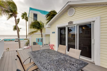 Remodeled Beachside villa w/kitchen - Fort Myers Beach - 別荘