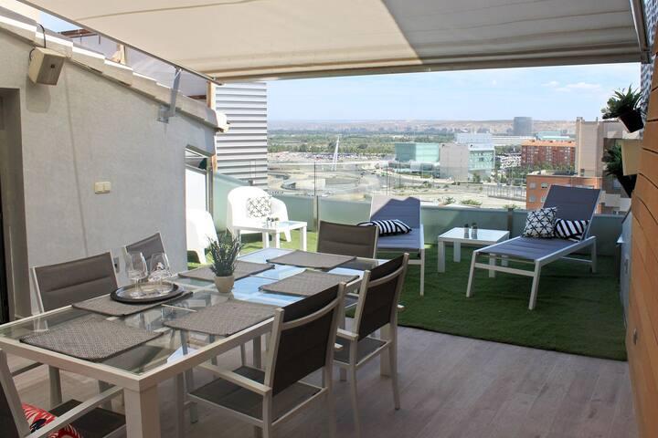Duplex de lujo con terraza y jacuzzi