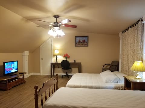 Beautiful and comfortable suite in Nederland TX