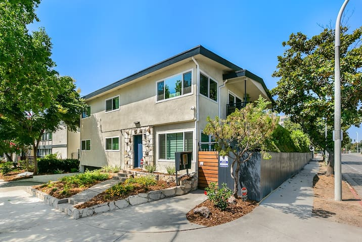 -Newly Renovated. Safe. Affordable. Near Metro-