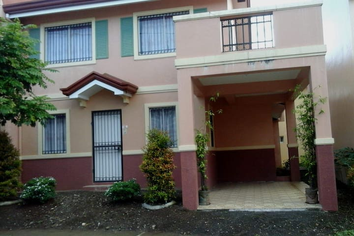 Private house in Camella Quezon