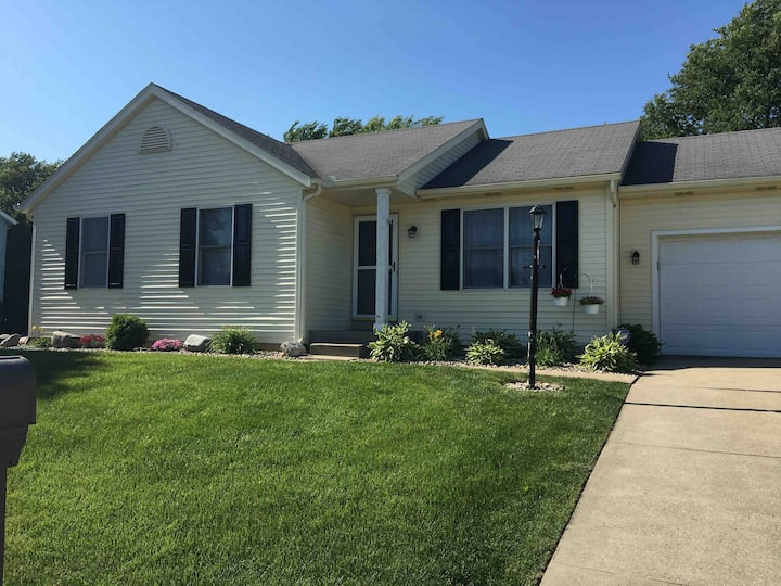 Newer remodeled home near ND