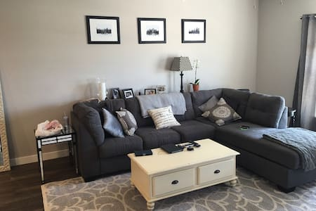 Iowa River Landing 1 bedroom - Coralville - Lakás