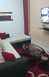 2 pcs meublées  yopougon ananeraie - House