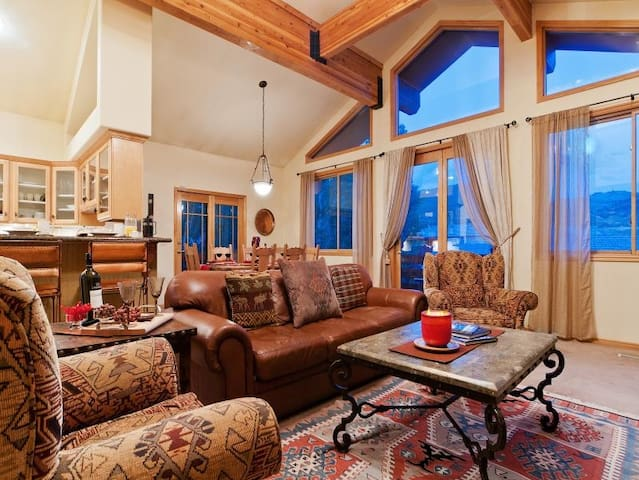 A spacious private home in Lower Deer Valley