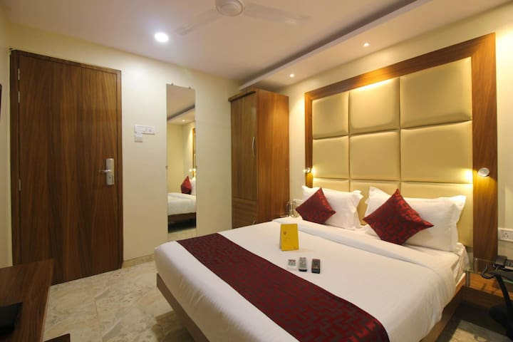 1 pvt room wd AC & Wifi near Andheri East - Bombaim - Apartamento