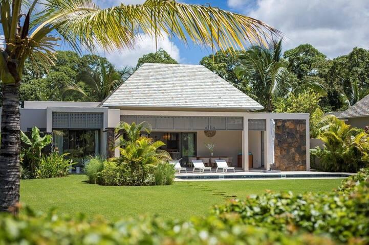 La Villa PEARL à Anahita, le luxe accessible.