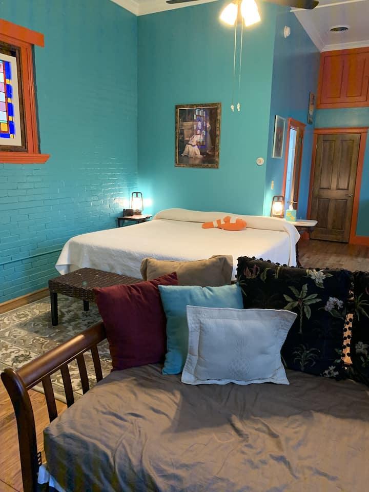 Bromeliad - The Parador Inn