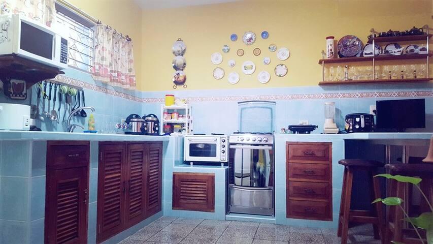 Hostal  Mamá Inés.2 habitaciones (15 EUR x Habit)