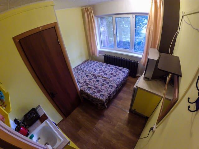 Комната со своим сан.узлом и кухней