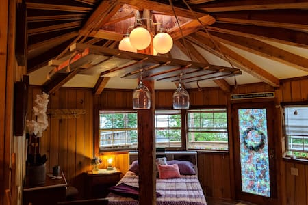 Soulful Shack Yurt w/ Mountain View ❤️#FreshMtnAir