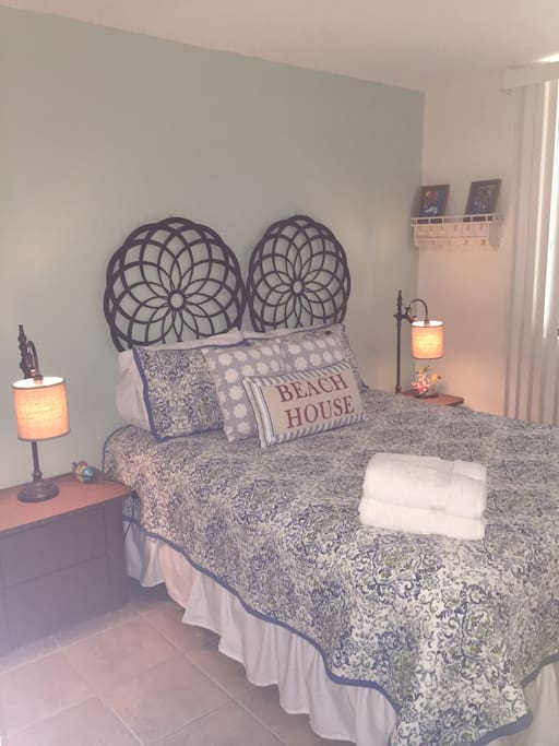 Queen bed with memory-top mattress