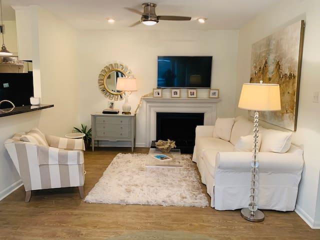 Modern and fresh condo