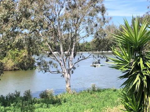 Bungy River Farm Retreat
