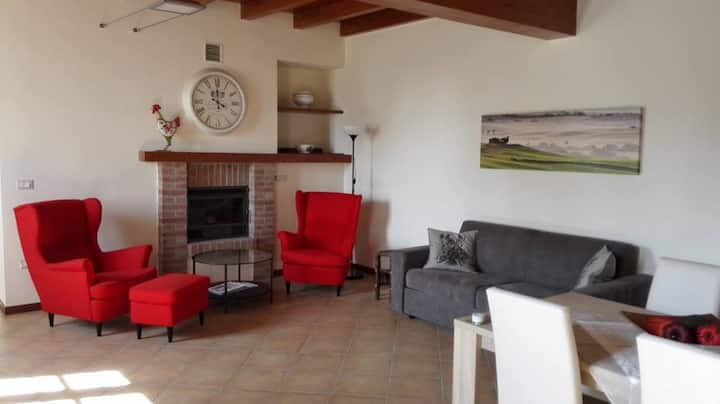 Vacation-apartment in a farmhouse, near GardaLake