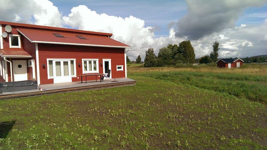 Høystandard feriehytte, Utendørs boblebad, sauna - Filipstad - Blockhütte