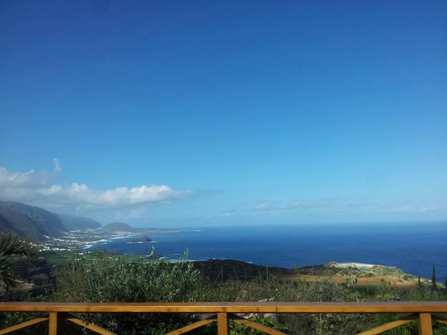 Wunderschöne Blick auf Meer und Garachico
