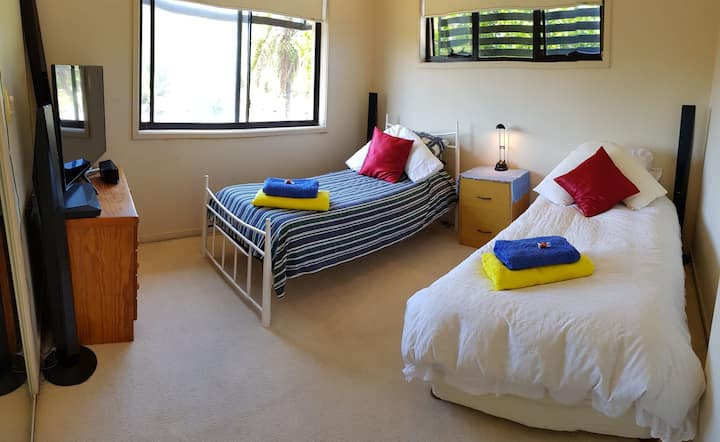 NEW 2 x Single beds
