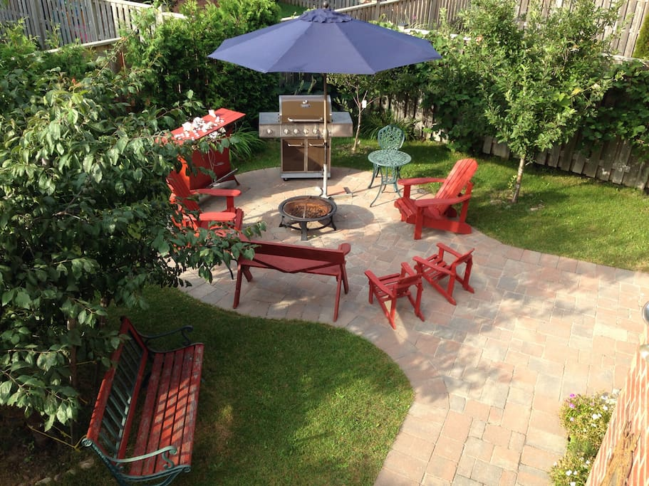 summer only BBQ sitting area