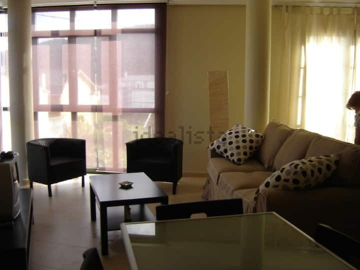 Apartamento casi nuevo en Espasante
